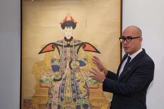 《纯惠皇贵妃朝服像》