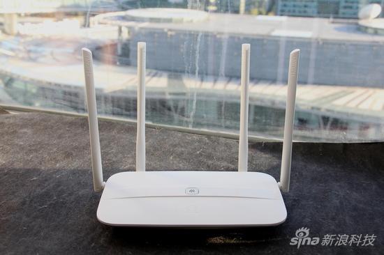 双频wifi四天线设计 华为ws832路由器上手体验