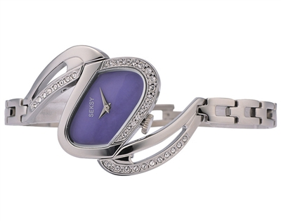 Seksy女士腕表 SEKSY致力于为年轻、时尚的女性生产极适合日常搭配的亮眼产品,通过别致的线条和对施华洛世奇水晶的运用打造潮流感。