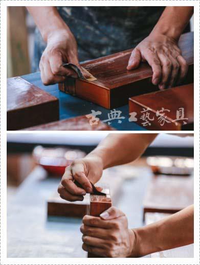 茶板在上漆前需要砂纸再打磨一遍,漆器制作就是这一遍遍的打磨上漆再打磨。