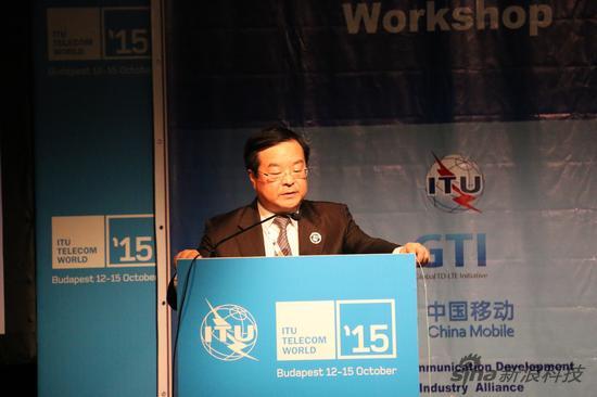 中国移动副总裁李正茂