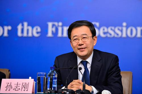 62岁的孙志刚从卫计委副主任任上赴贵州省委委员、常委、副书记。