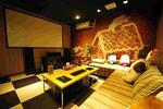 上海现小型违规私人影院 放映影片涉嫌盗版且不健康