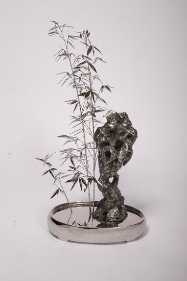 郭子龙 盆景第一季No.3-竹石 45x33x78cm 不锈钢 2010