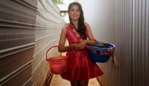 印尼最美早餐妹爆红后星途艰难欲重回本行(图)