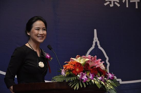 策展人汪敏主持开幕式 摄影刘海超