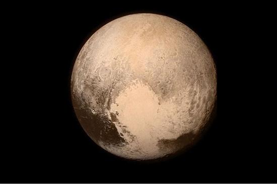 冥王星心形区域(新浪科技配图)