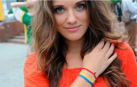 乌克兰26岁美女任海关关长 曾是网络红人(图)