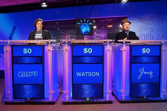 图为IBM的Watson超级计算机在智力竞赛节目中打败人类选手。