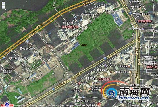 通过卫星云图可见原玉沙村两地块闲置与周边建筑群格格不入(南海网记者姜飞摄)