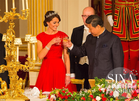 【新珠宝】王妃也要借珠宝 揭秘凯特戴过的王室私藏珠宝