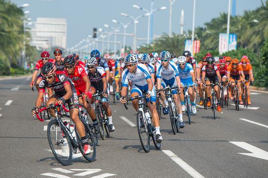第十届环海南岛国际公路自行车赛第四赛段萨沙·莫多洛再夺冠