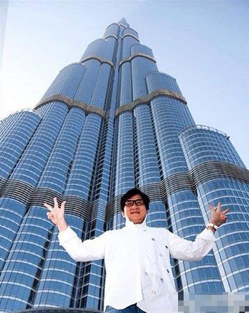 成龙在迪拜留影