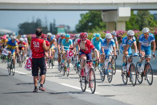 环海南岛国际公路自行车赛第六赛段意大利车手夺冠
