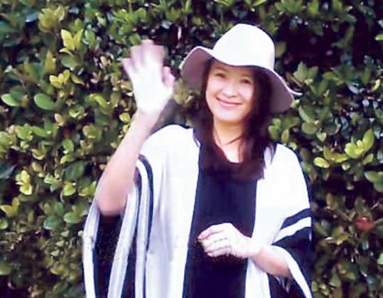 传章子怡于6月29日与汪峰秘密来港注册结婚,两人的儿子将于年底出世。(微博图片)