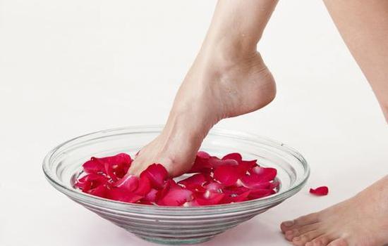 最补肾的泡脚时间