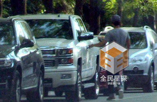Li Chen Fan Bingbing date drink afternoon tea reporter met anger lens