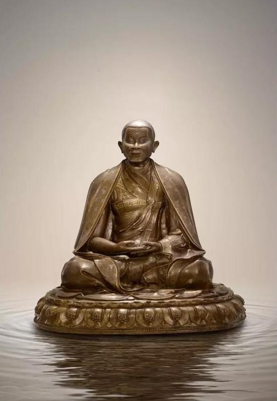 一世噶玛巴像