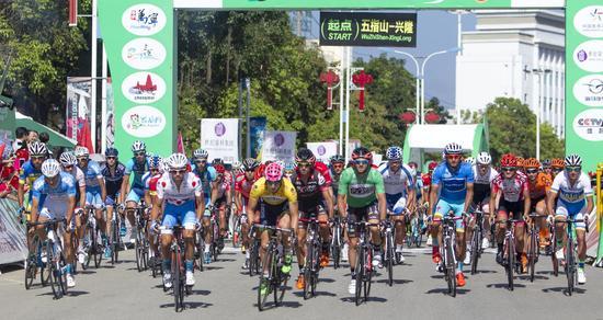 环岛赛萨沙·莫多洛登顶总冠军 蓝波车队成最大赢家
