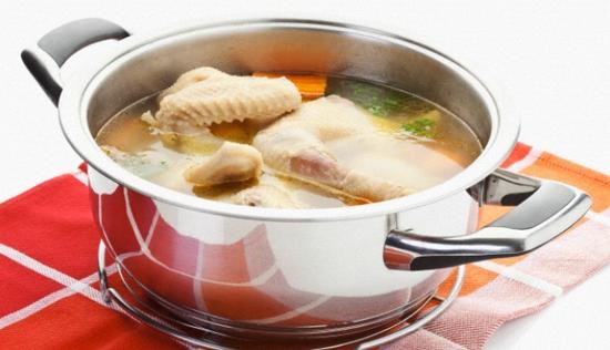 秋季必备:润肺雪梨鸡汤