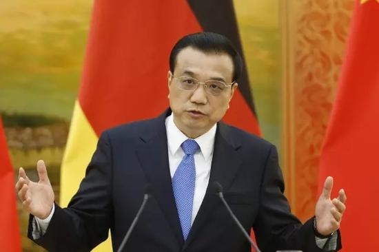 """中德总理达成共识:携手推进""""中国制造2025""""和""""德国工业4.0""""战略对接"""