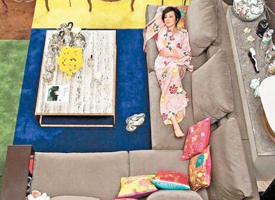 刘嘉玲找来张叔平设计充满《花样年华》情怀的房子。