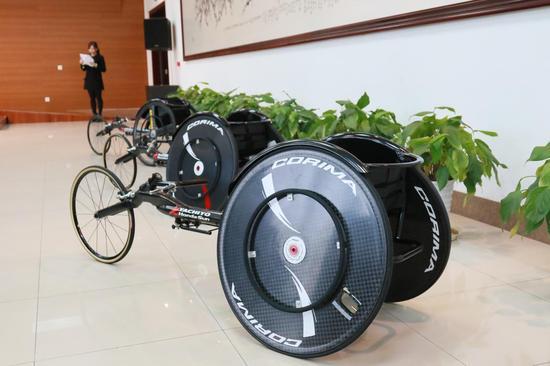 """本田""""挑""""IDOMI型竞速轮椅"""