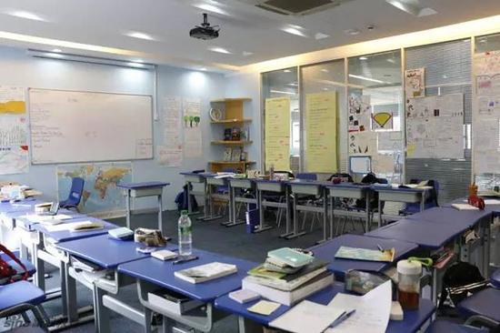 极具美式风格的教室