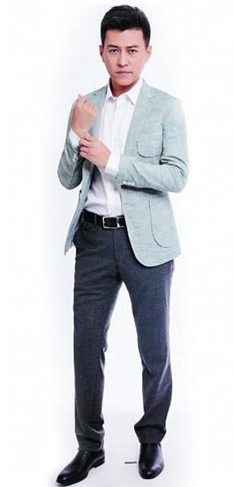 明年将有5部靳东参演的电视剧播出,其中《欢乐颂》最受期待