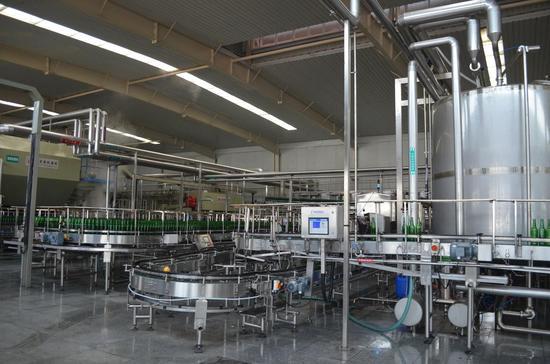 燕京啤酒厂瓶装生产线