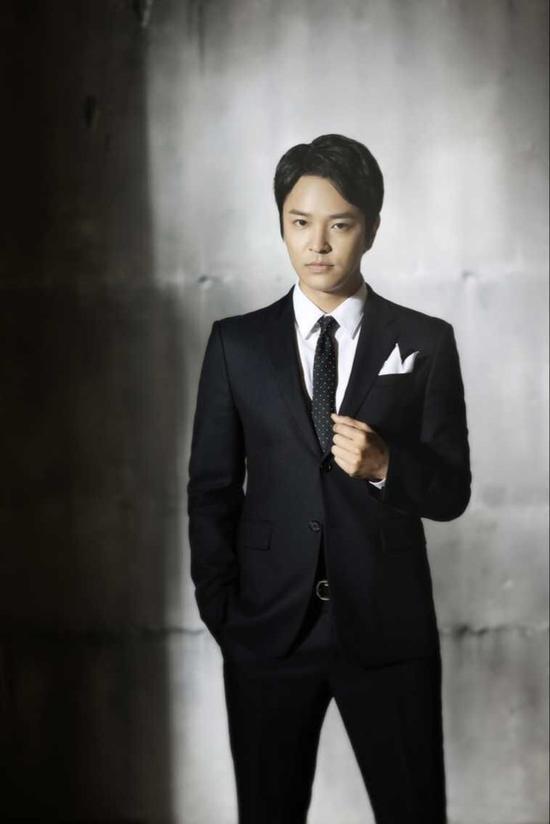 Kim Jeong Hoon en el drama chino  卿本佳人(DISTRESSED BEAUTY) QB6c-fxkhcfq1134296