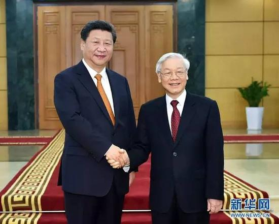 11月5日,中共中央总书记、国家主席习近平在河内同越共中央总书记阮富仲举行会谈。 新华社记者李涛摄