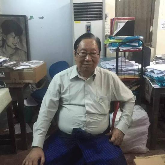 民盟发言人吴年温在大选前接受无界新闻采访。