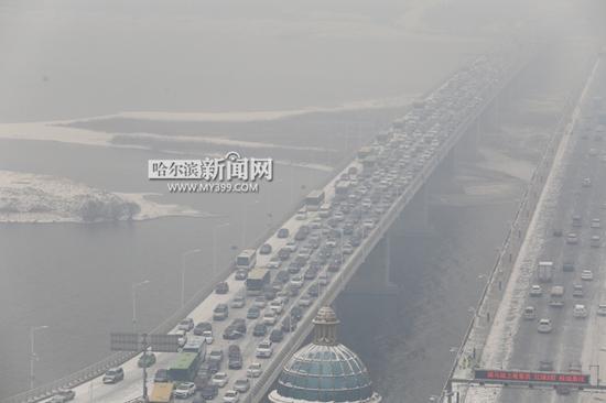 > 正文     省内高速公路路况:   截至9时,绕城高速成高子站,鹤大高速