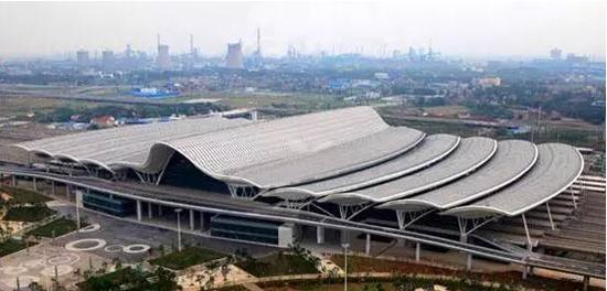 湖北最具特色火车站排行榜出炉:武汉火车站最霸气