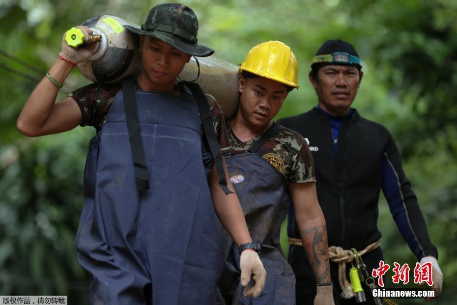 small hydraulic lift arm