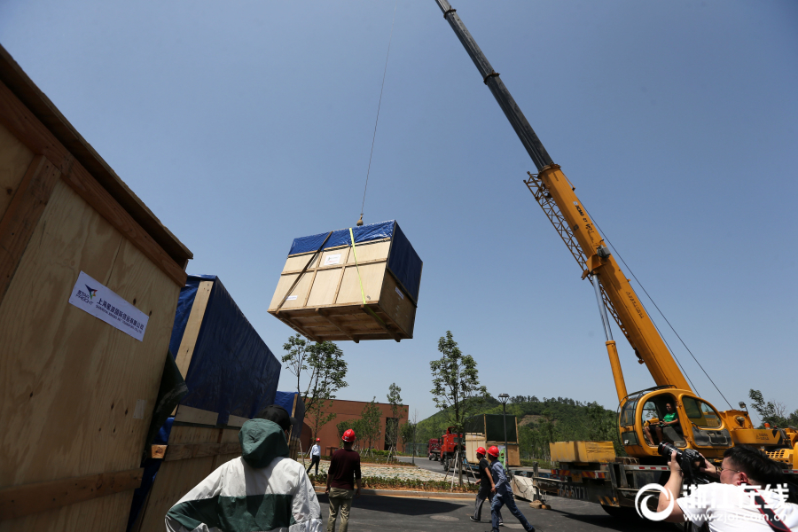 cargo lifts for homes