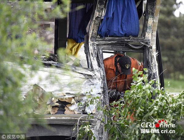 载中国游客巴士在加拿大发生交通事故 24人受伤