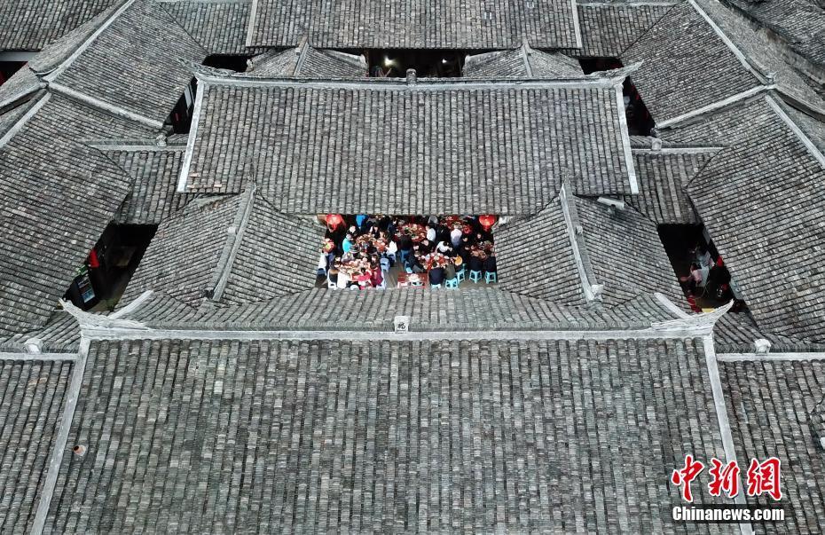 【网页游戏网】泰禾副总经理张晋元辞职 华夏幸福系高管仅剩1人