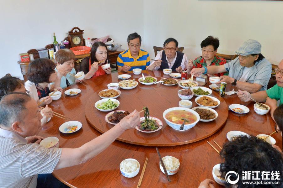 广西一密切接触者从广州返回还聚餐!115人被隔离观察