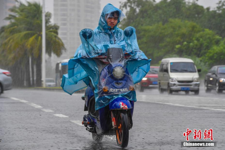 "WWW.M77MSC.COM:评论:惠安多部门联合清理""路障"" 250多尊石雕不再占用国道"