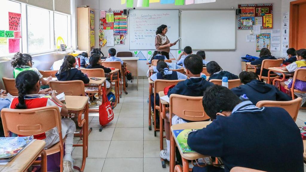 △阿联酋一当地小学(图片来源:阿联酋《国家报》)