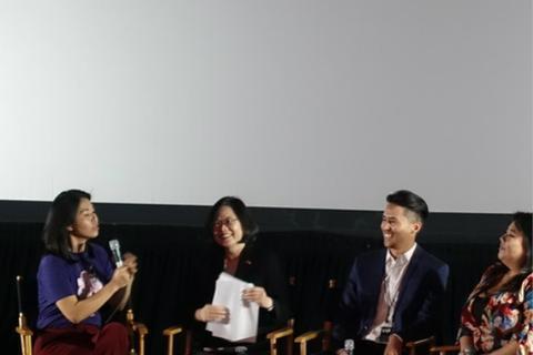 台湾地区领导人蔡英文在洛杉矶参加座谈会(图:东森新闻云)