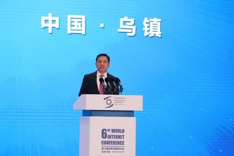 百度李彦宏:未来20年手机将被智能终端替代