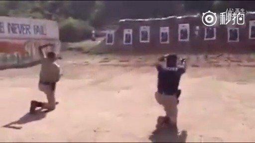 印度特种部队射击训练,这BGM我也是醉了。。。