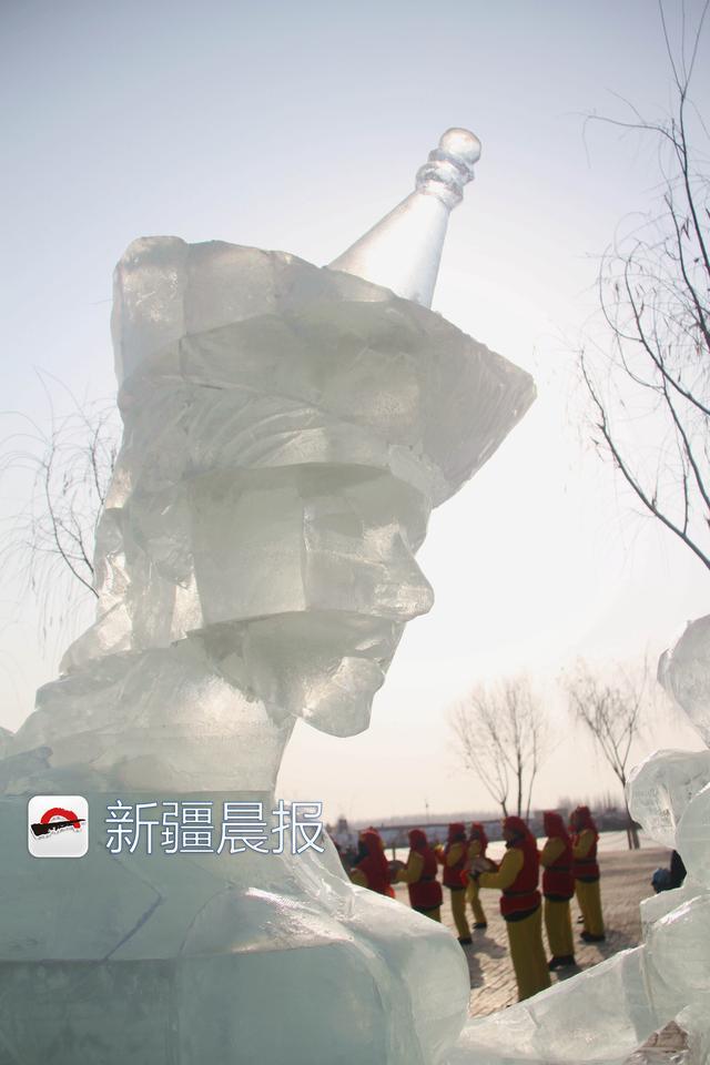 """30多项冰雪体验项目让博湖大河口景区成""""冰雪娱乐大巴扎"""""""