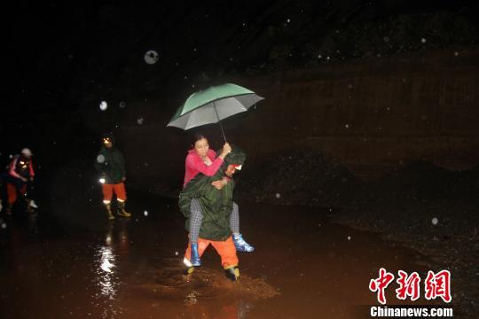 云南丽江突发泥石流 50余名被困人员全部获救湾仔码头水饺价钱