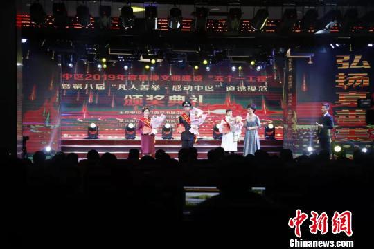 http://www.zgqhl.cn/caijingfenxi/23420.html