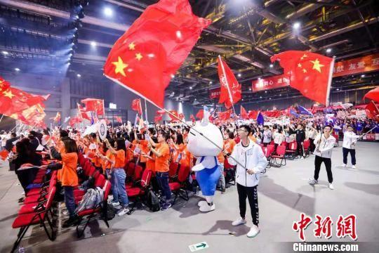 5000余名第二届进博会志愿者上岗宣誓