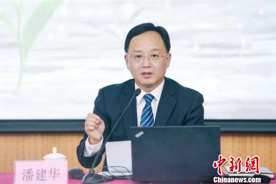 「博天堂ag旗舰网址」南京:本科以上学历和技术人才不需就业就可落户